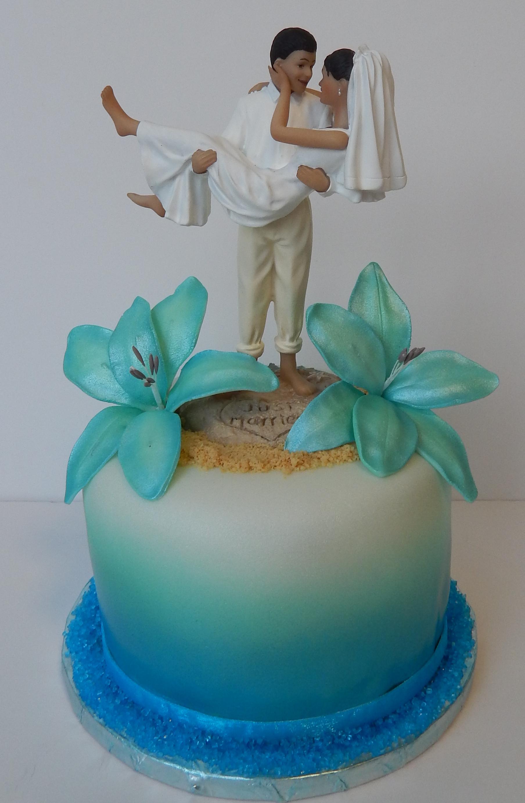Miss Sweets Cakes Hawaii Custom Cakes