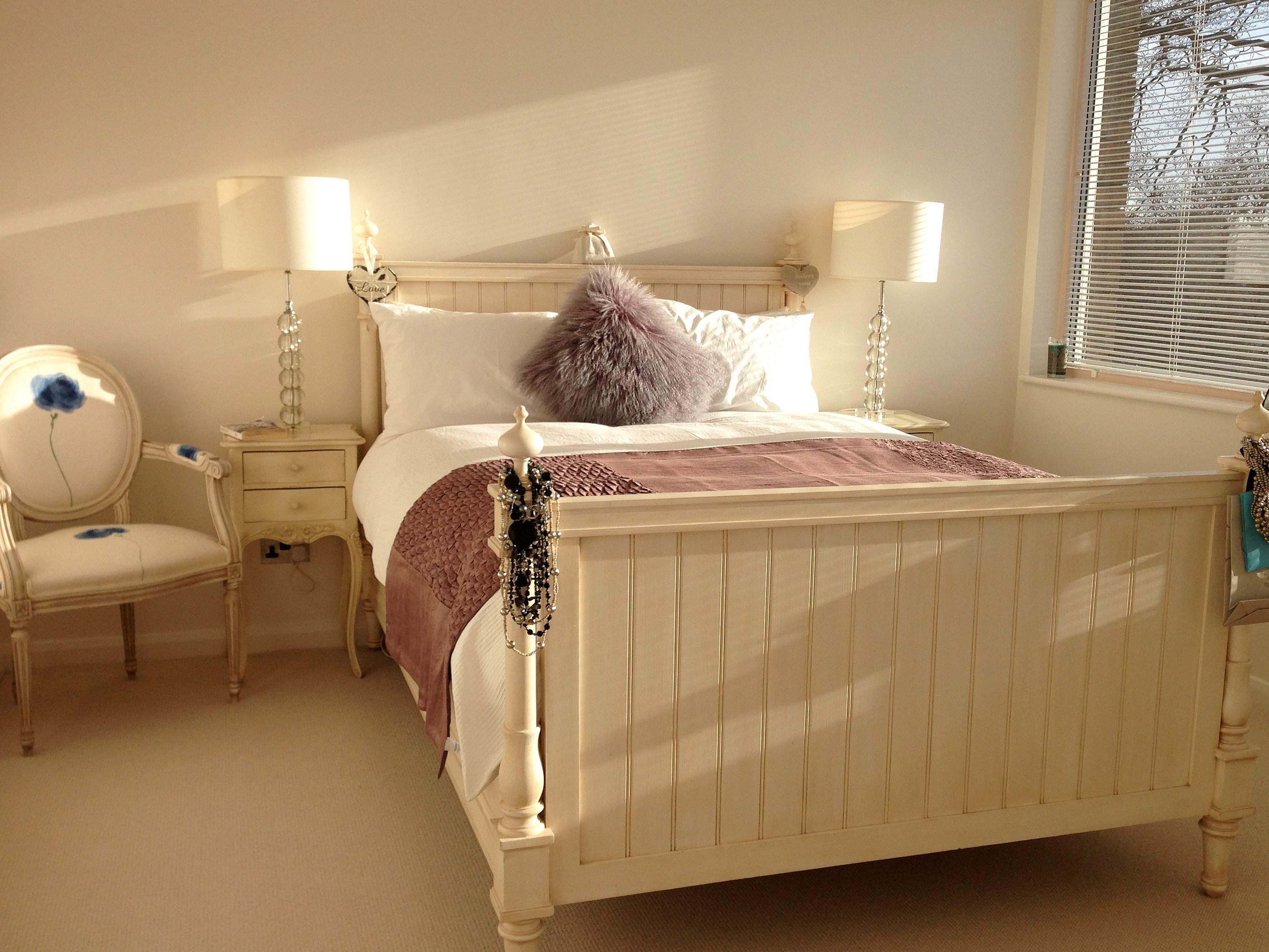 An Honest Reliable And Quality London Based Female Decorators Bedroom Painted With Eic 243 Paints