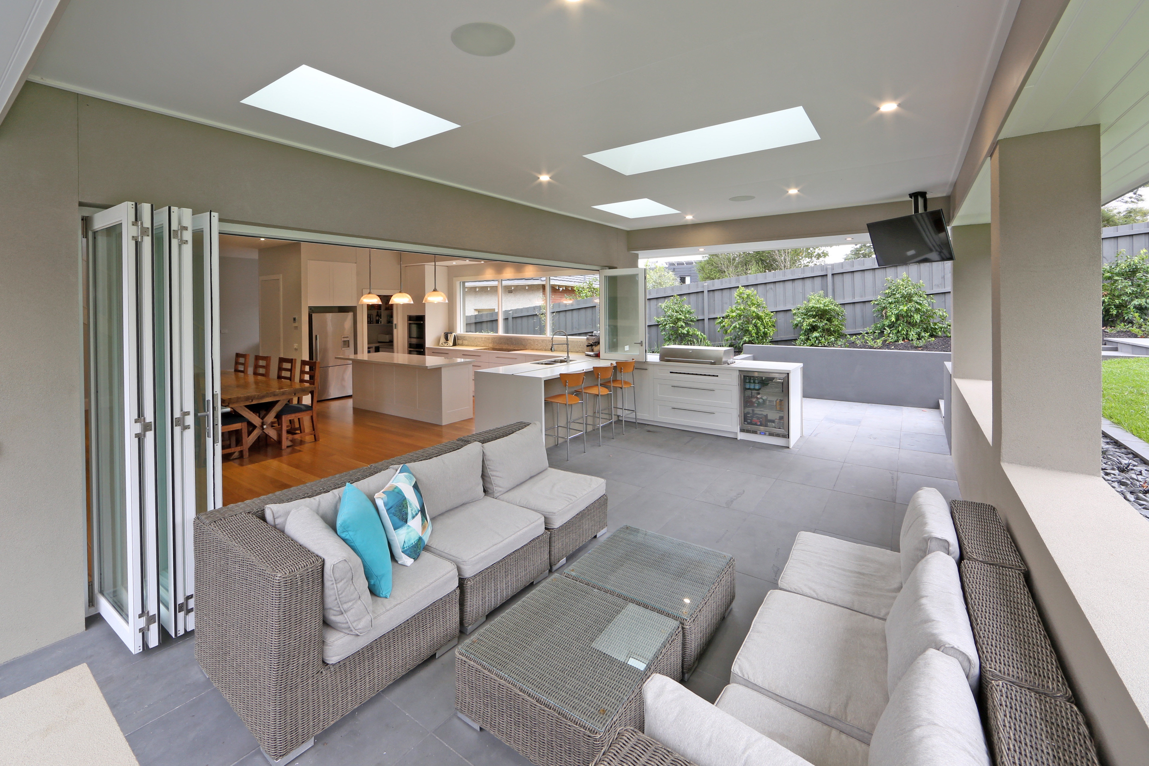 Melbourne contemporary kitchens french provincial for French provincial kitchen designs melbourne