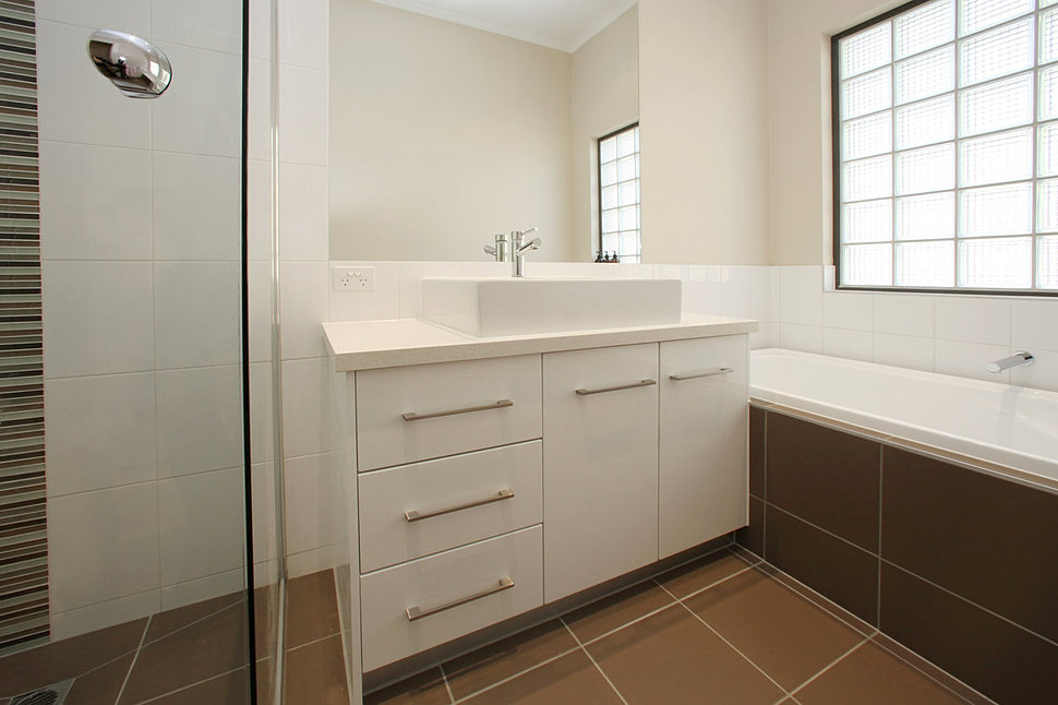 Custom joinery melbourne for Bathroom decor melbourne
