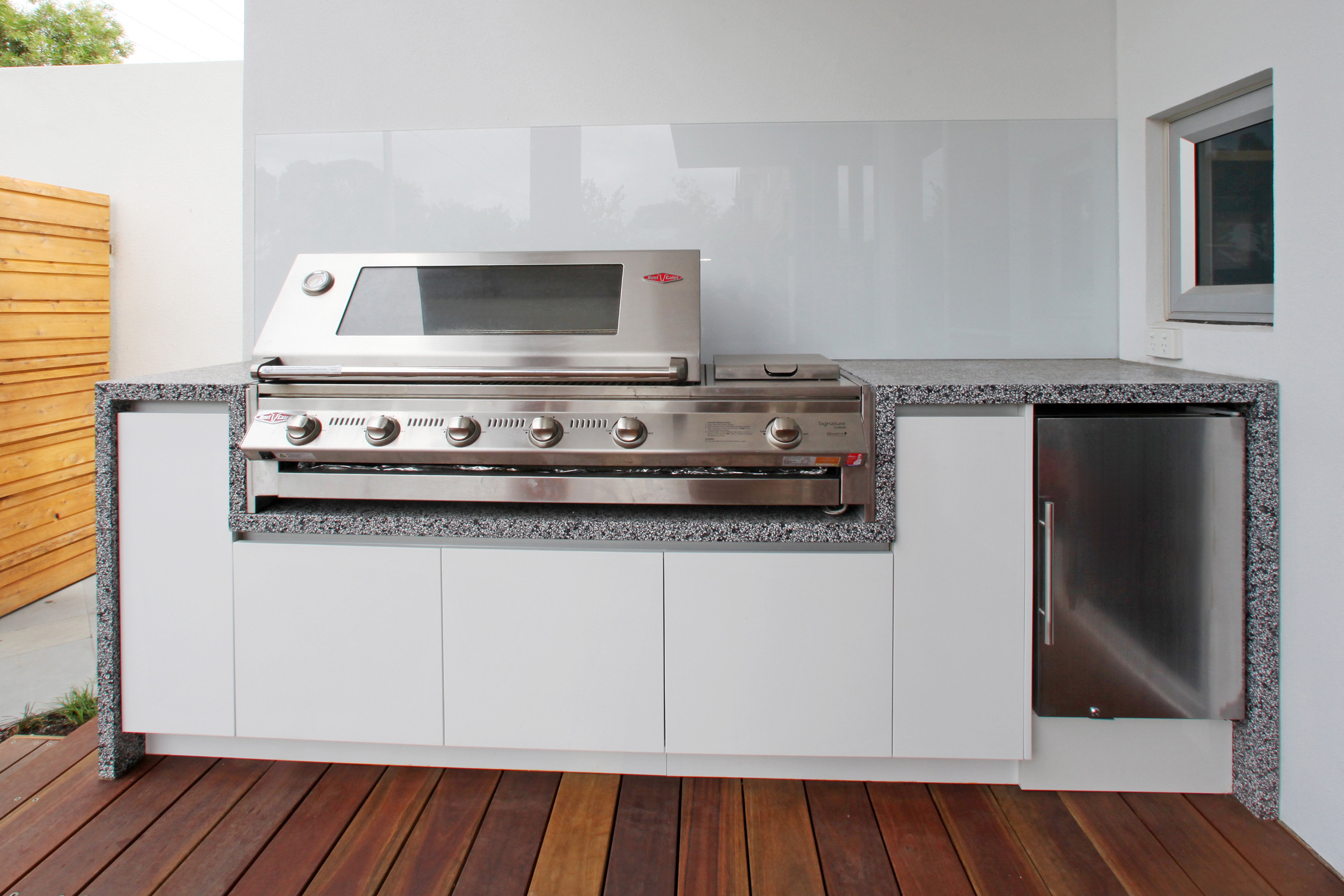 Melbourne contemporary kitchens melbourne custom outdoor for Custom outdoor bbq kitchens