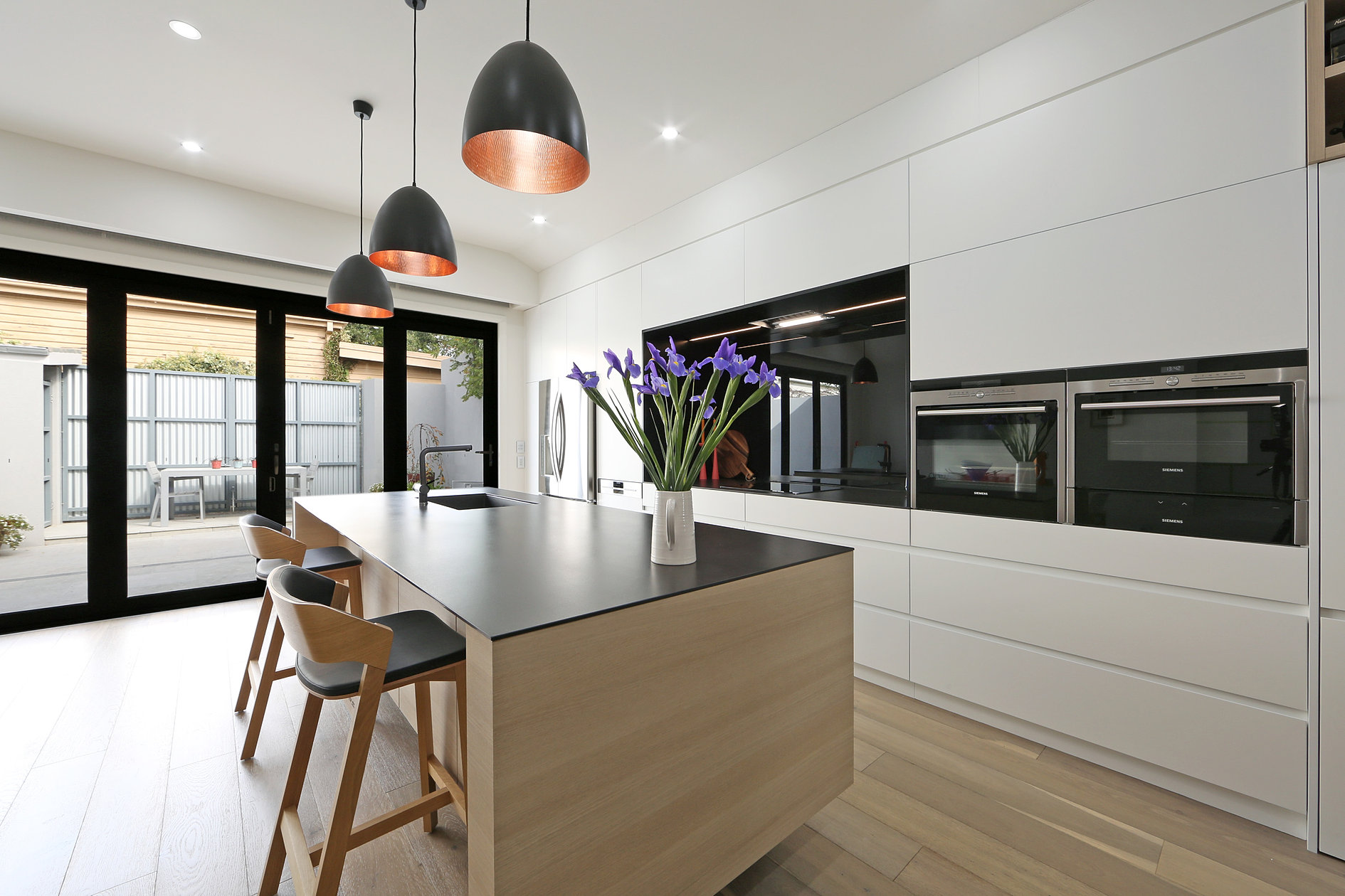 Melbourne contemporary kitchens for Custom kitchen designer