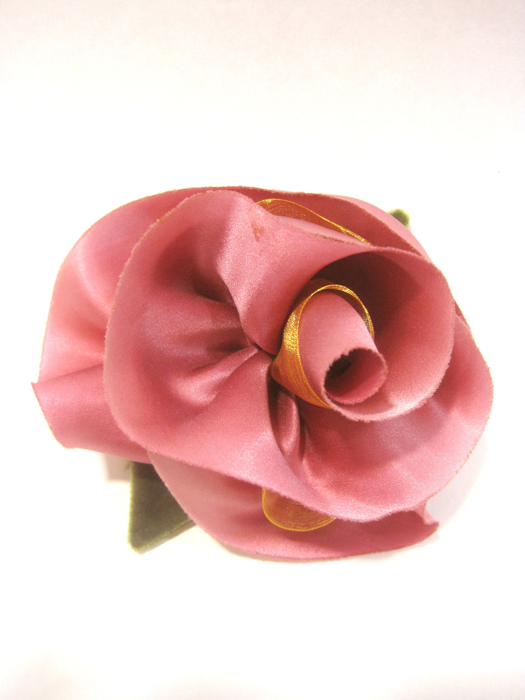 Sigrid Orr silk flower brooch.jpg