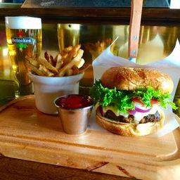 Pub Burger.jpg