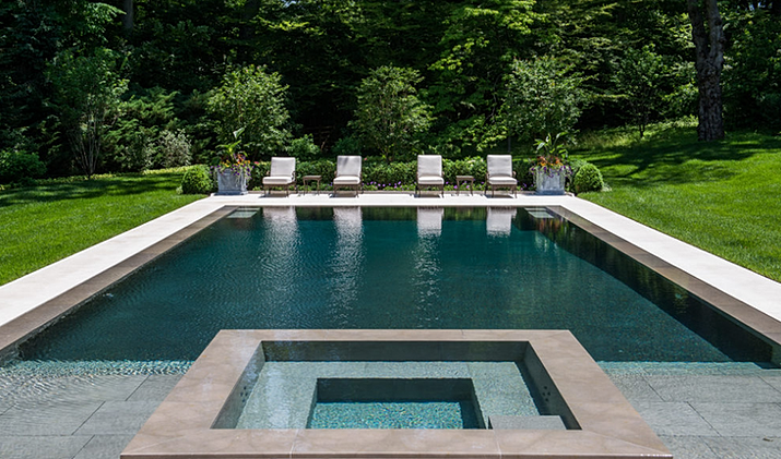 Swimming pool designers and contractor for Overflow pool design