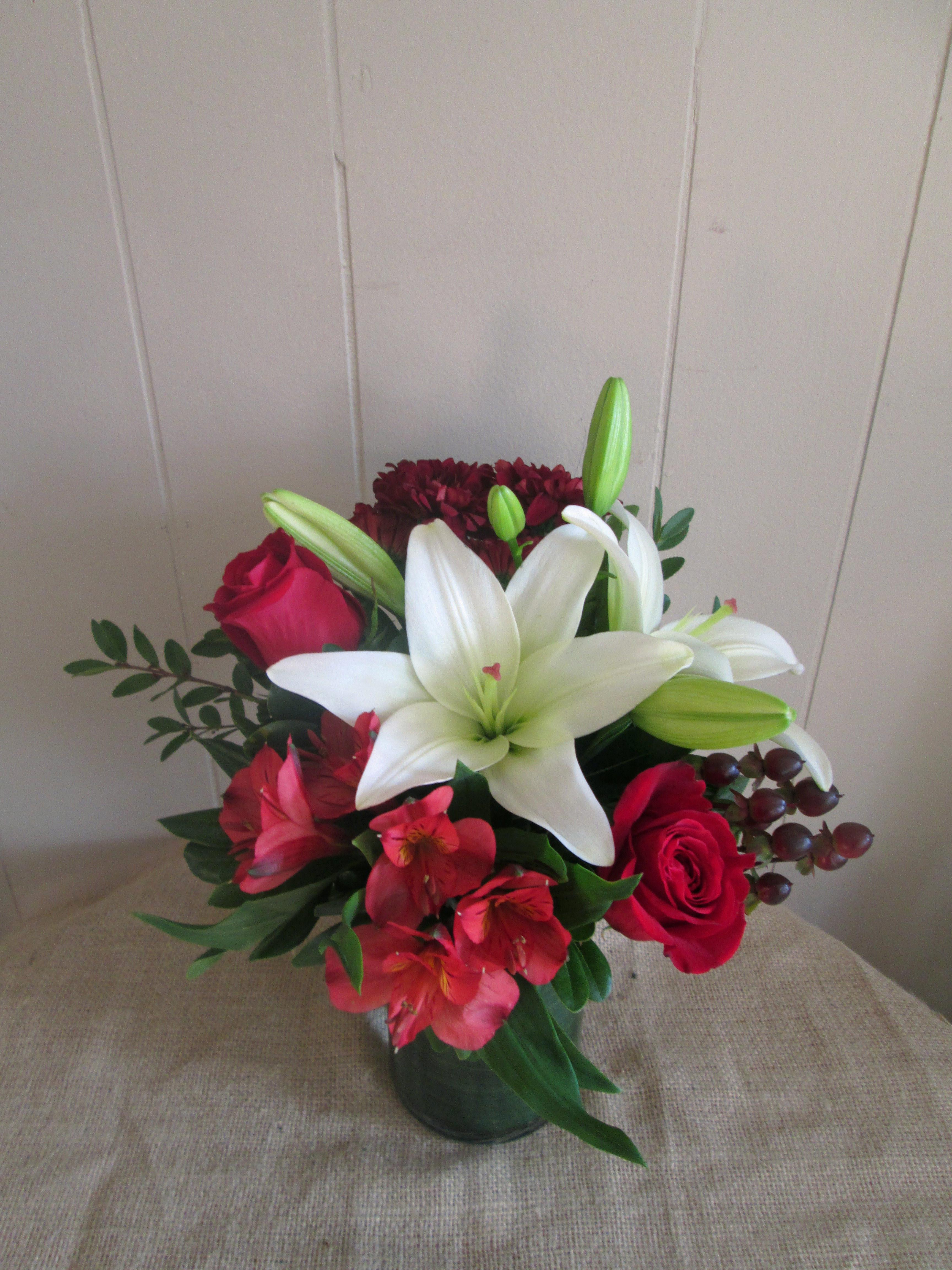 Willow park florist calgary se sincere lily izmirmasajfo