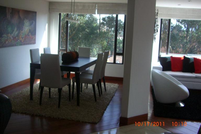 Sala principal: piso en madera incienso macisa preterminada de 16 ...