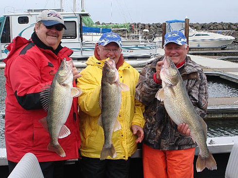 Sturgeon salmon and steelhead fishing in idaho and for Columbia river walleye fishing report