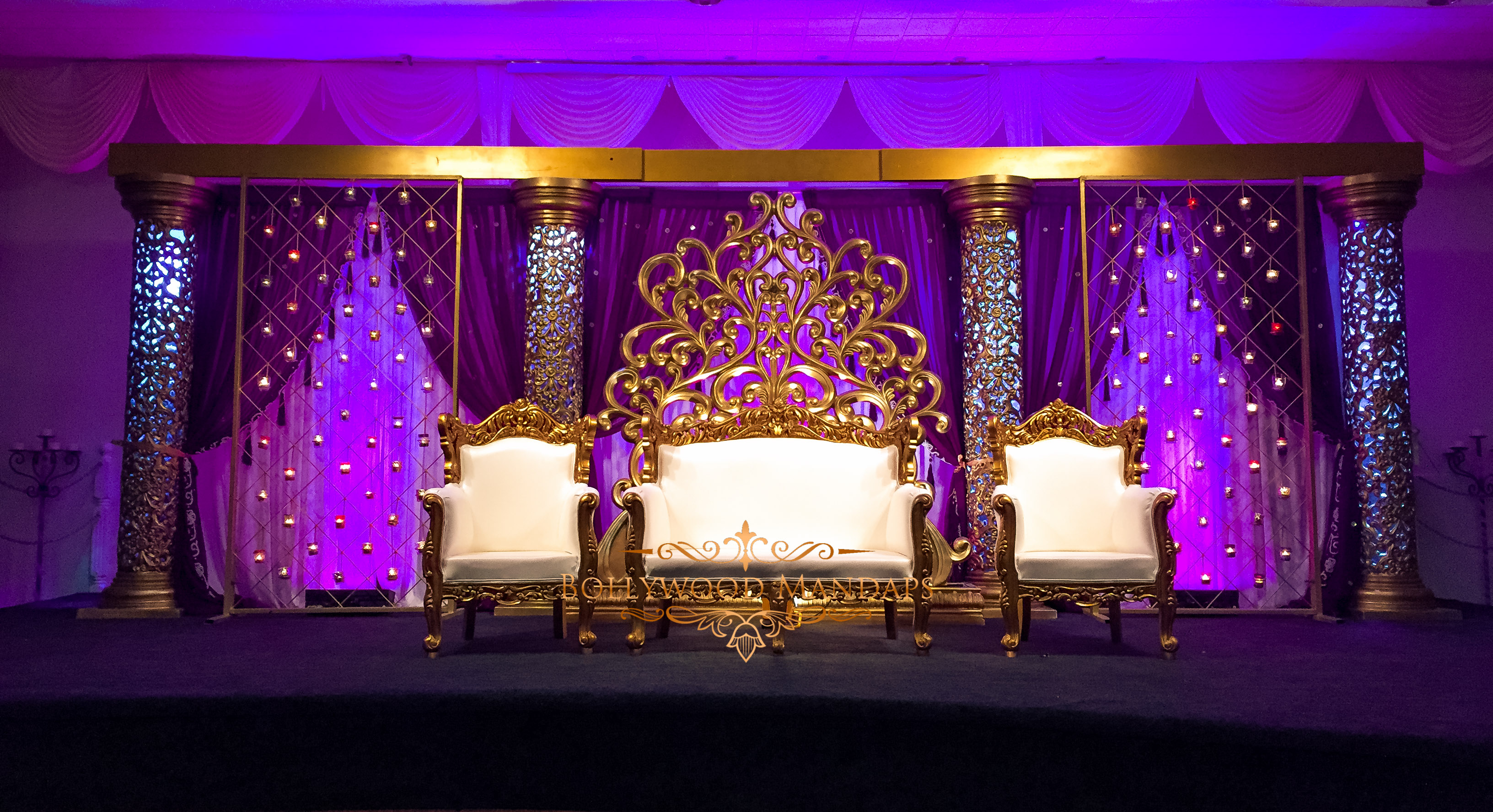 Golden, White and Purple Decor for Weddings, reception and engagement ceremonies | function Mania | #Trending: How to use hues of Ultraviolet for a chic wedding decor!