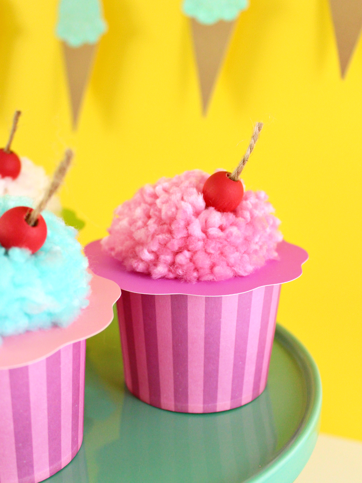 DIY INSPIRATION: ICE CREAM CRAFTS