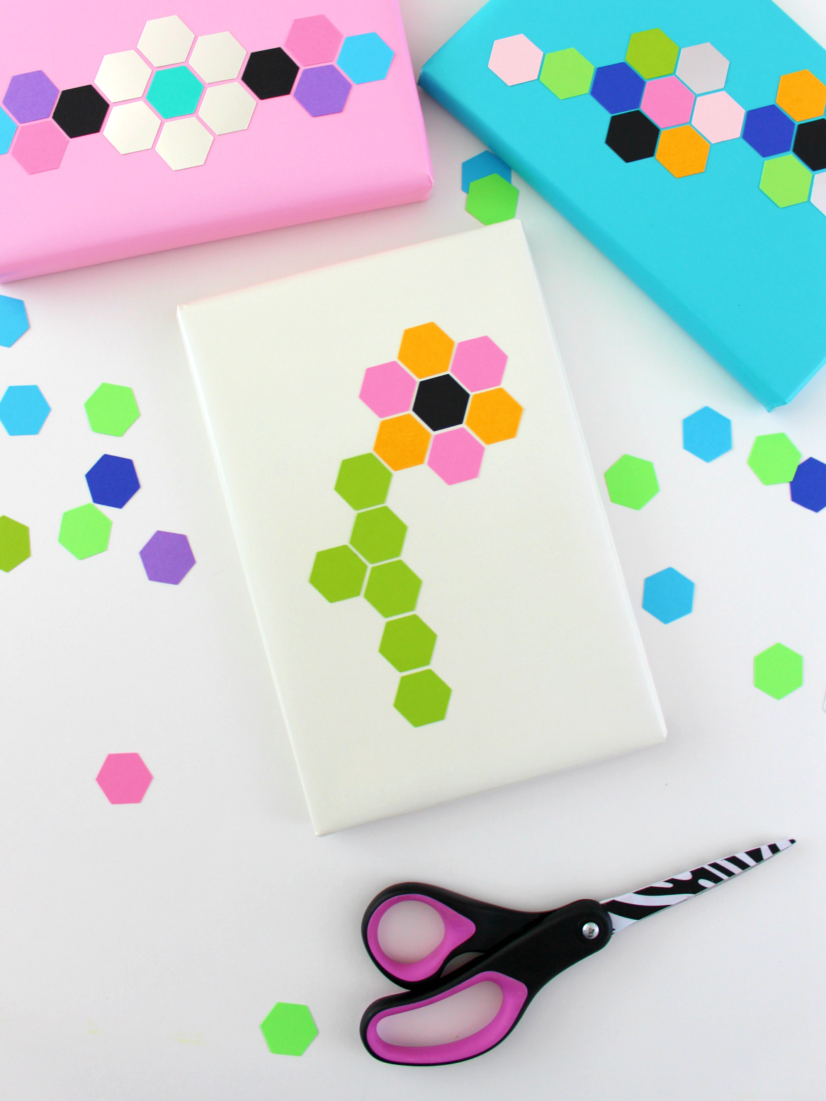 MAY PAPER CRAFT CHALLENGE DAY 19: HEXAGON WRAP