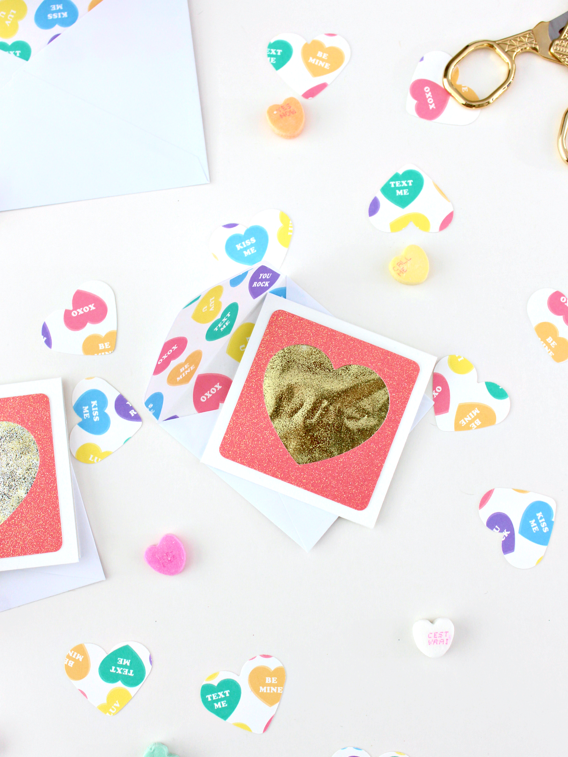 CONVERSATION HEARTS ENVELOPE LINERS (WITH FREE PRINTABLE)