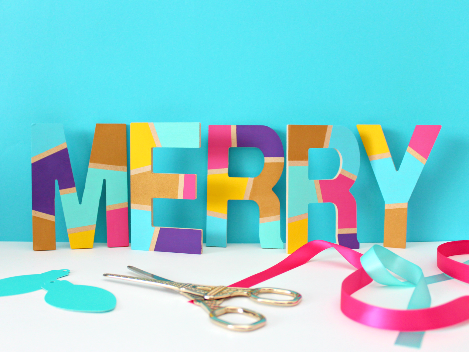 """DIY COLOURFUL PAINTED """"MERRY"""" LETTERS"""