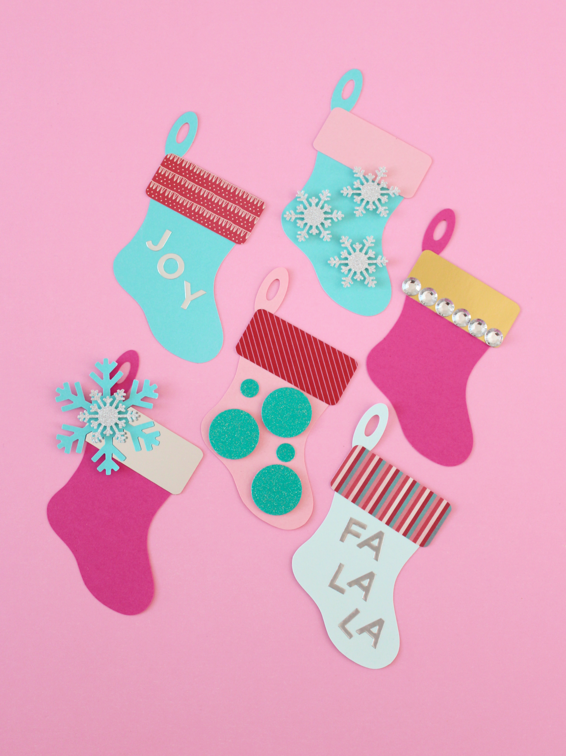 DECORATED CHRISTMAS STOCKINGS GIFT TAGS (WITH FREE CUT FILE)