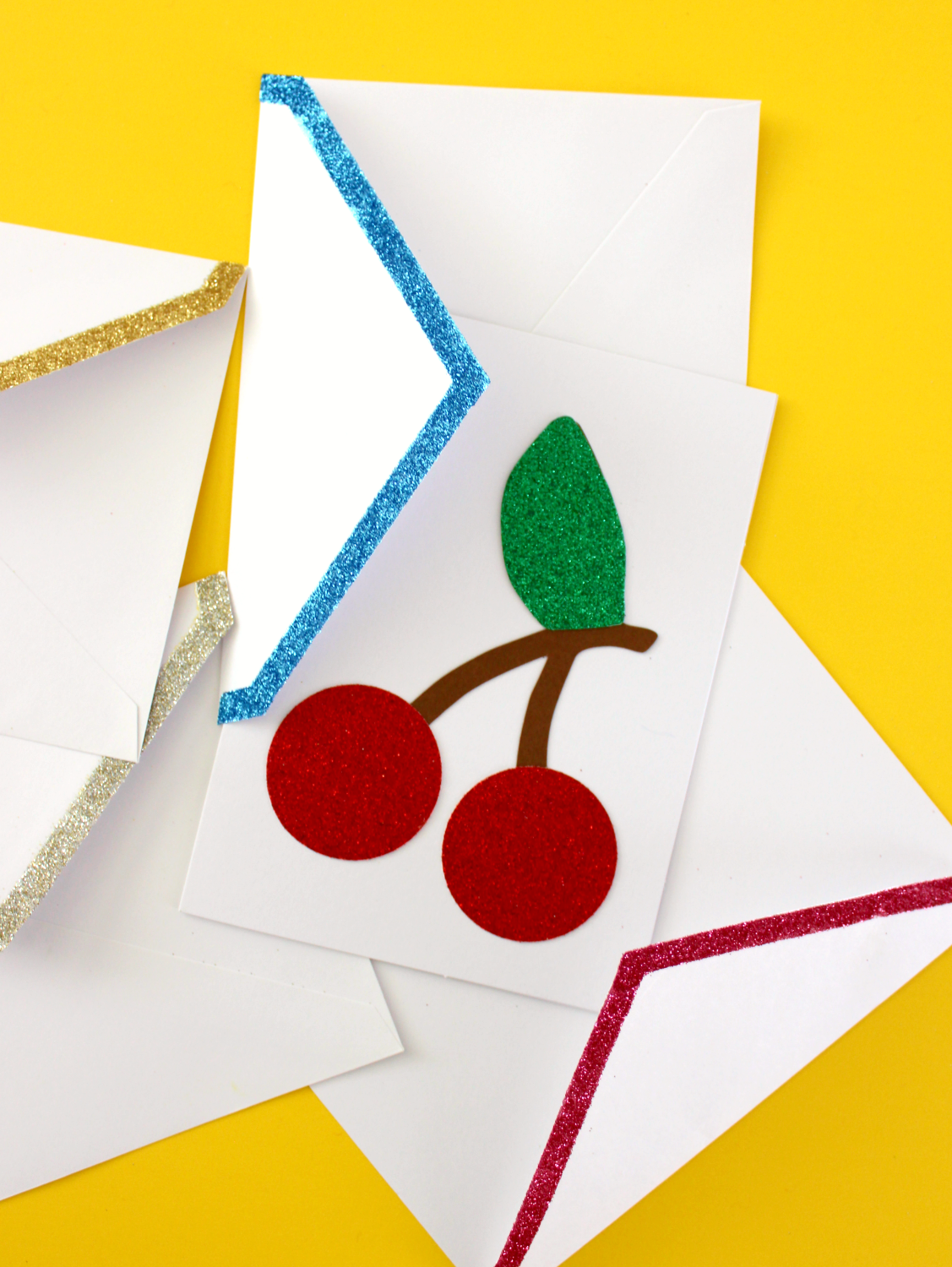 DIY GLITTER EDGED ENVELOPES