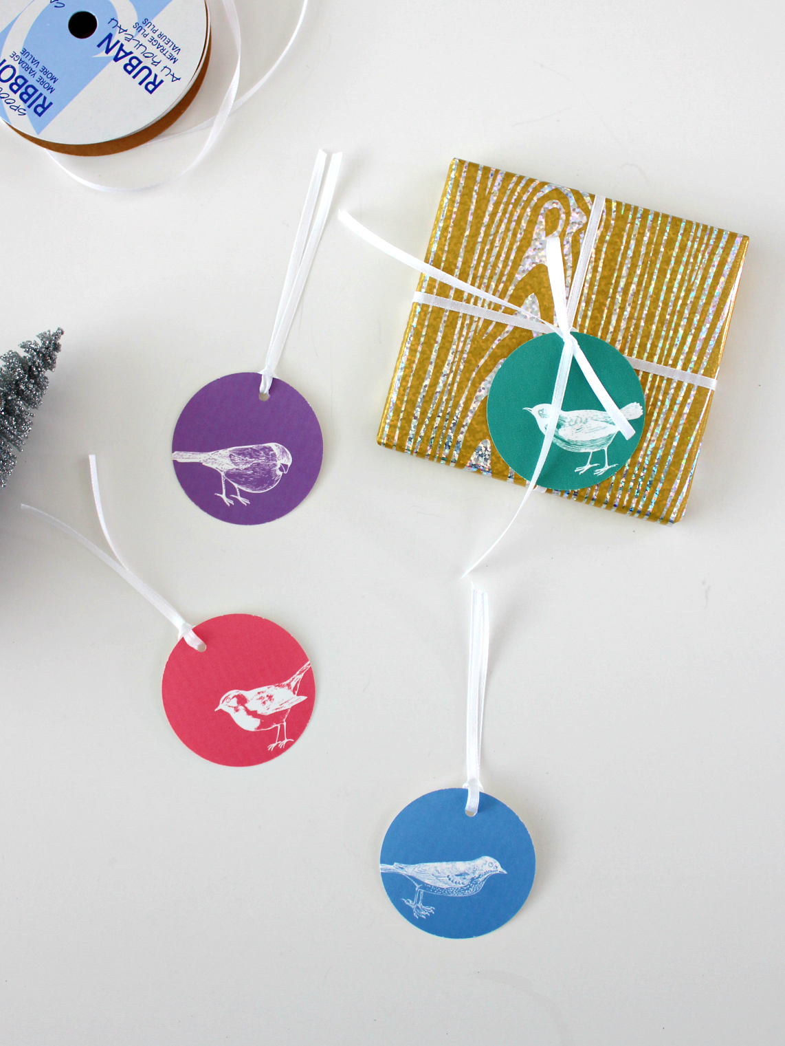 DIY WINTER BIRDS GIFT TAGS WITH PICMONKEY