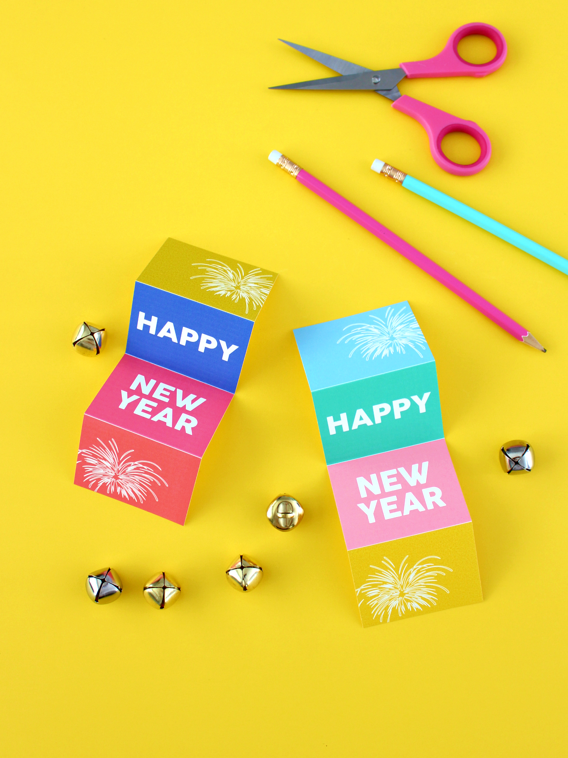 PRINTABLE ACCORDION HAPPY NEW YEAR CARDS