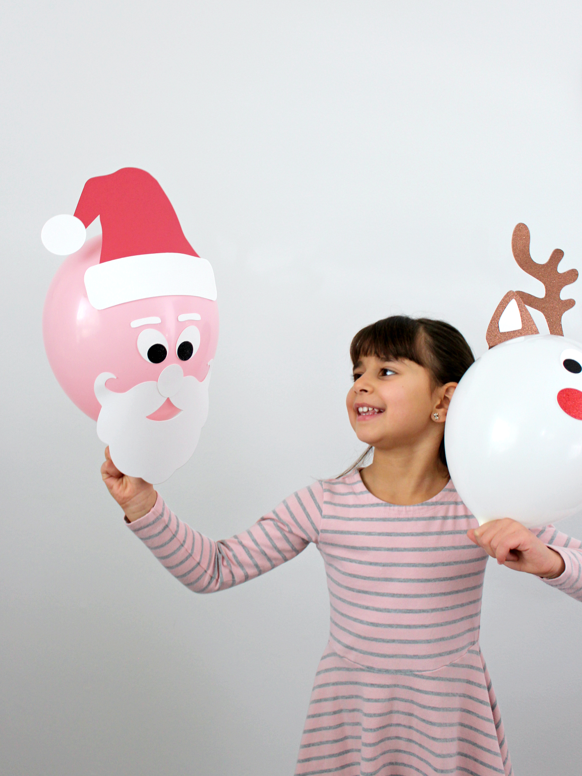 CHRISTMAS CHARACTER BALLOONS (WITH FREE CUT FILES)