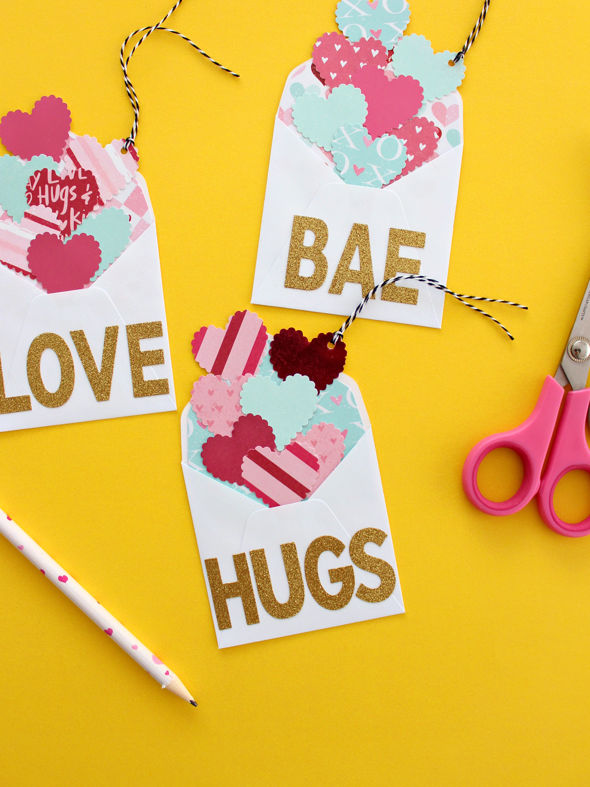 EXPLODING HEARTS LARGE ENVELOPE GIFT TAGS