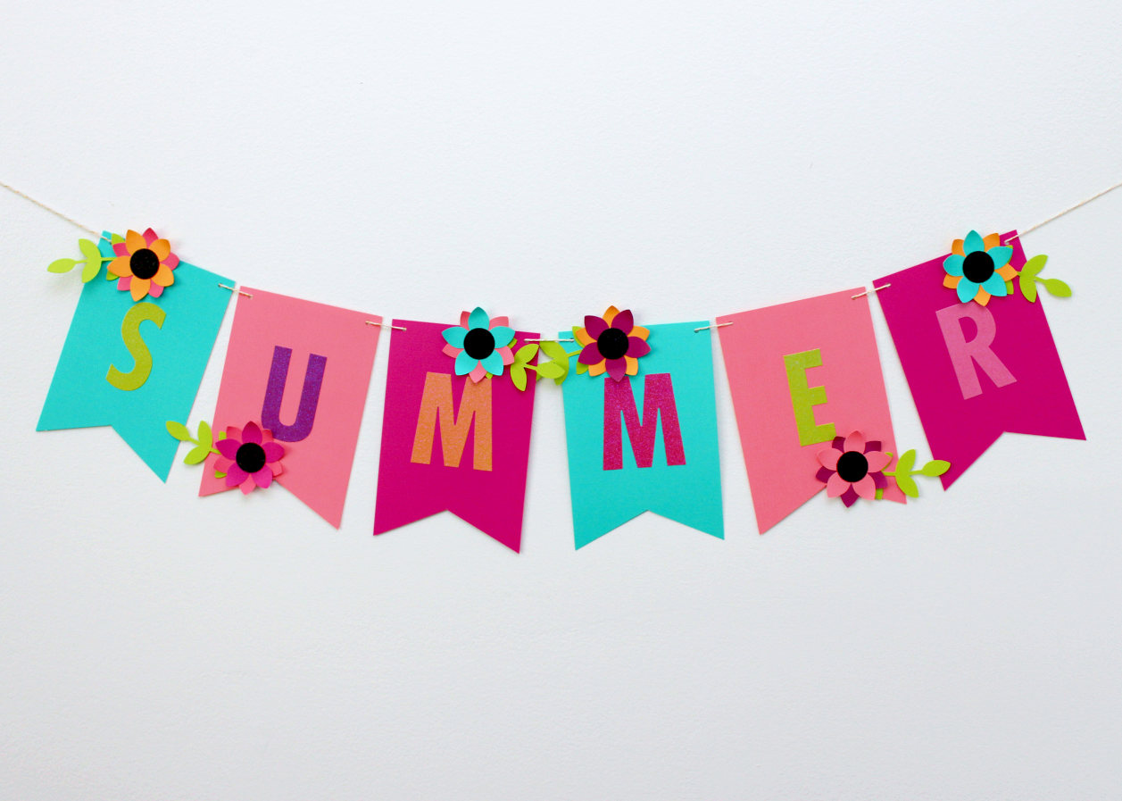 "A BRIGHT & COLOURFUL PAPER ""SUMMER"" GARLAND"