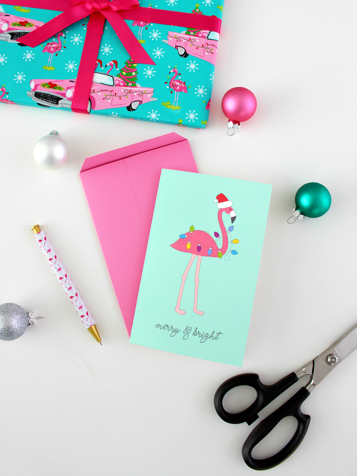 FREE PRINTABLE HOLIDAY FLAMINGO CARD