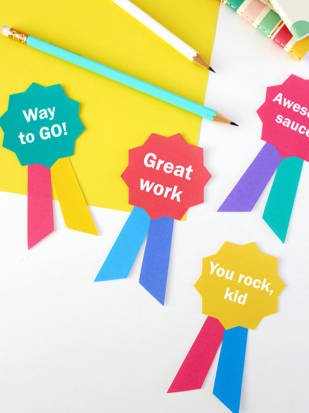 PRINTABLE END-OF-SCHOOL-YEAR KIDS BADGES