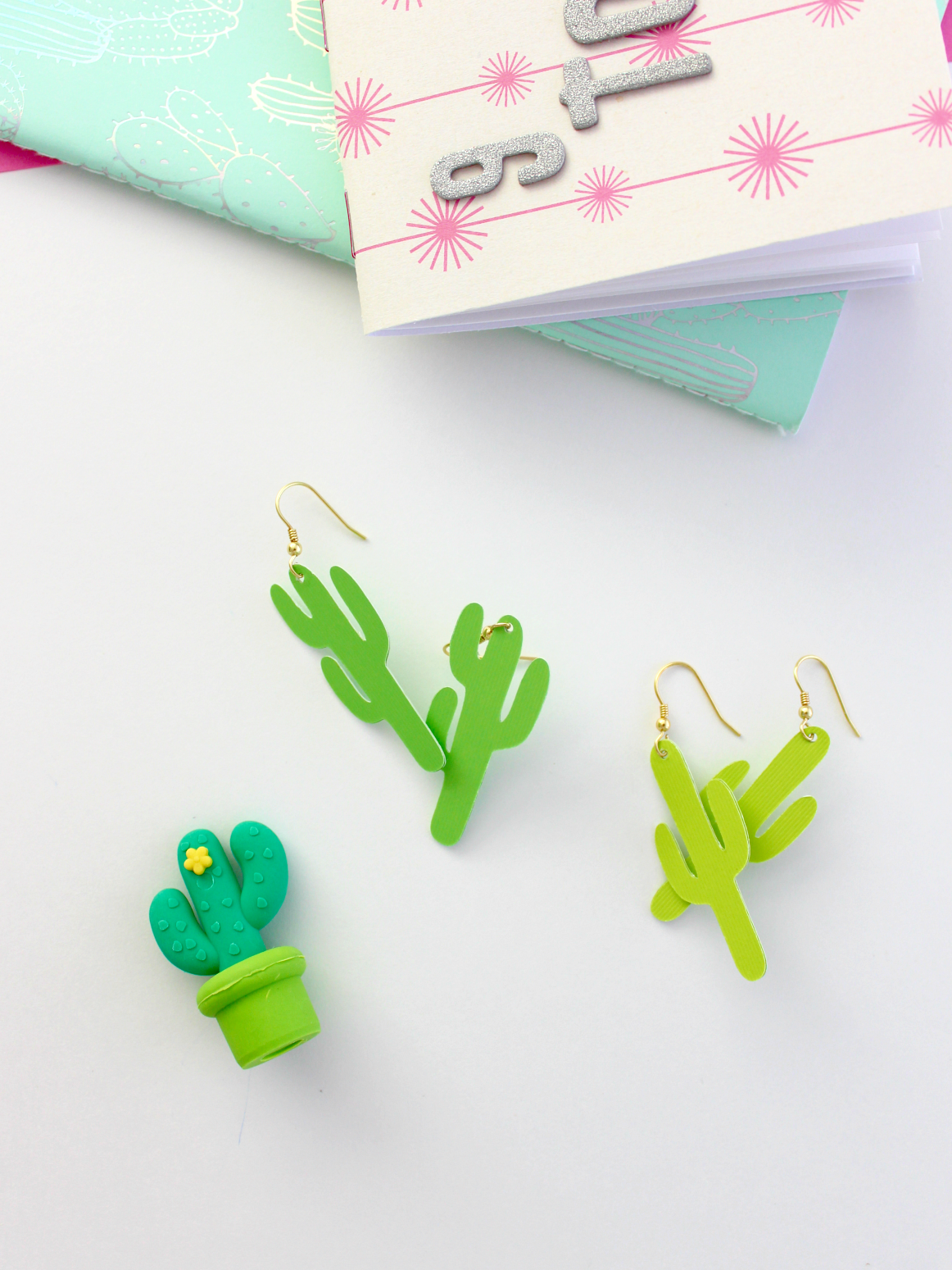 DIY PAPER CACTUS EARRINGS (WITH FREE CUT FILE)
