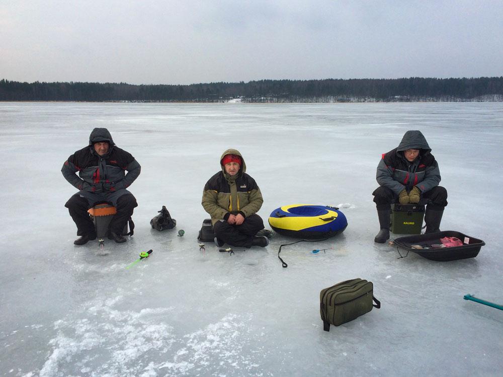 как рыбалка на озере отрадное