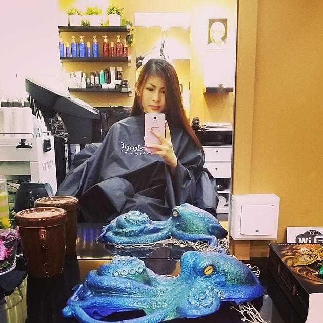 Syrena Singapore's first ombre hair mermaid