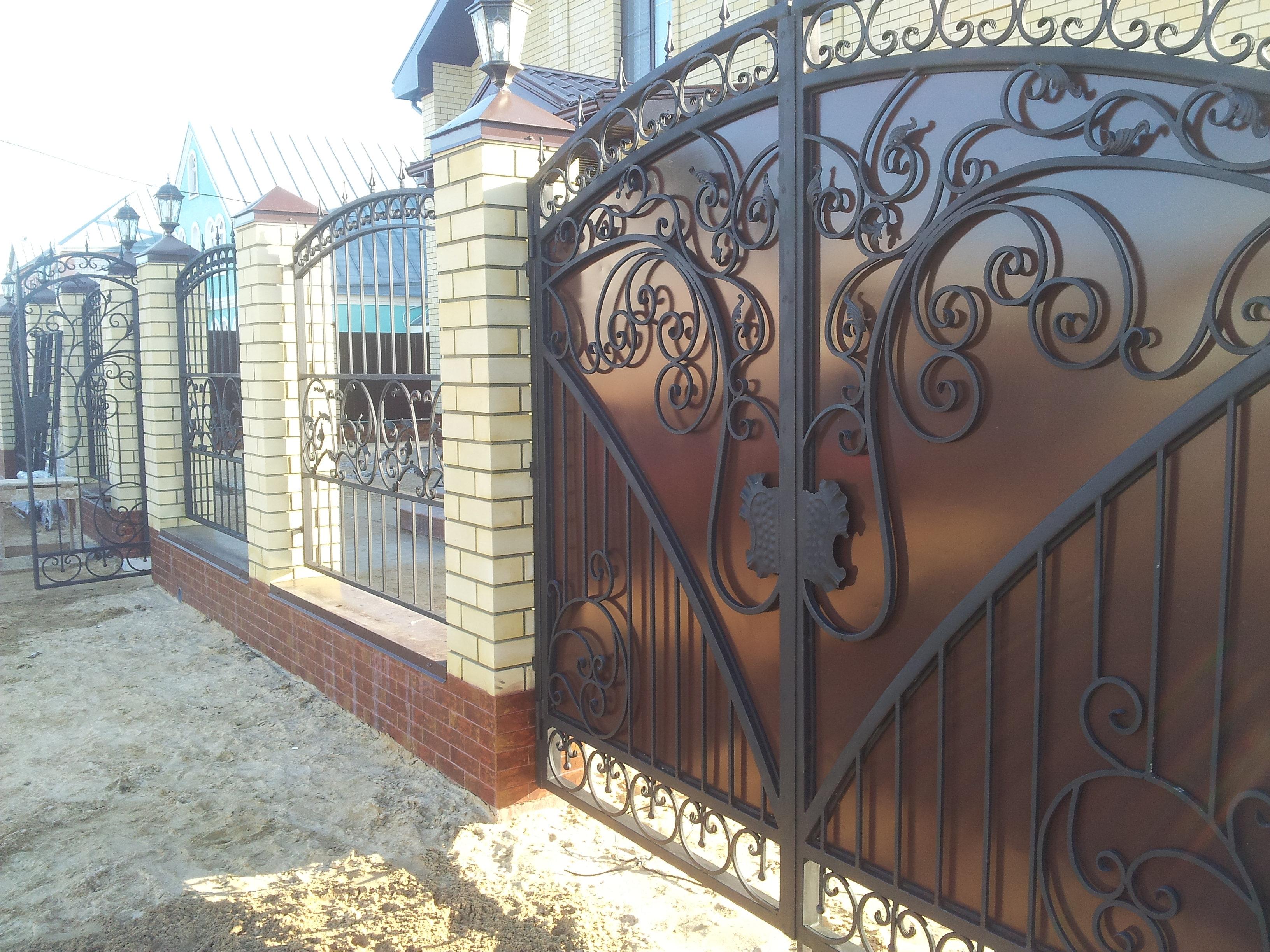 заказать металлические ворота в новохоперске