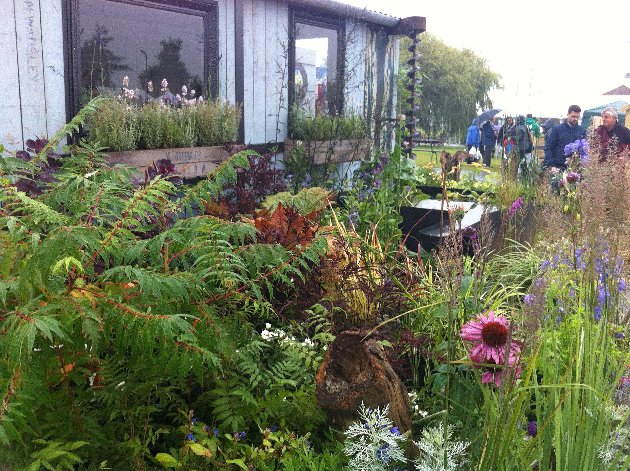 Juniper House Garden Design : Juniper house garden design peterborough the artisan retreat