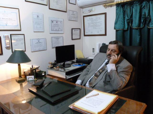 E s t u d i o J u r í d i c o  I n t e g r a l                                       Dr. Roberto Carlos Barreiro