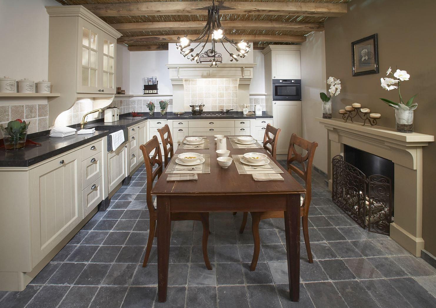 ... kwalitet niet duur hoeft te zijn  maatwerk keukens, greeploze keukens