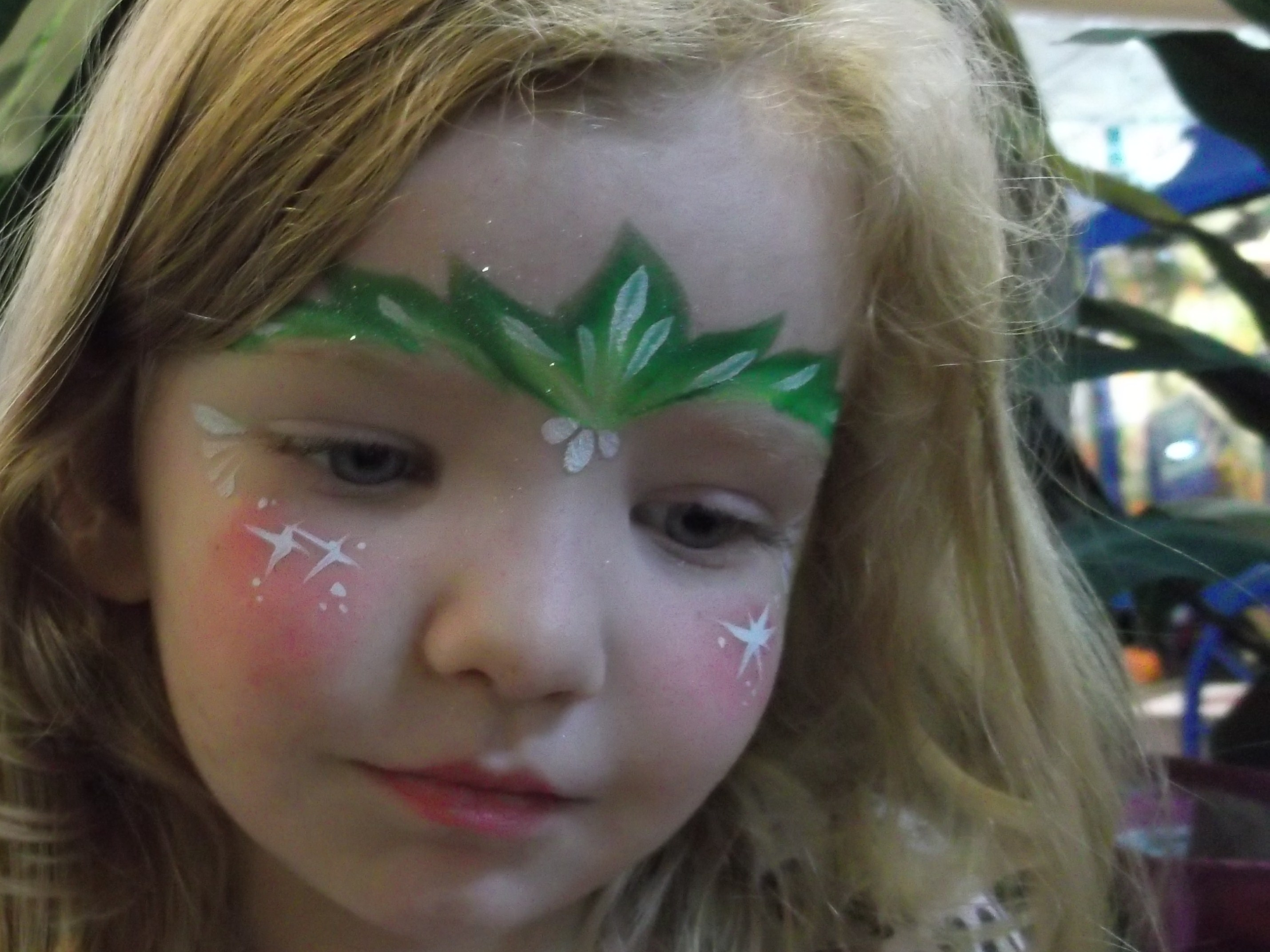 Easy Tinkerbell Face Paint