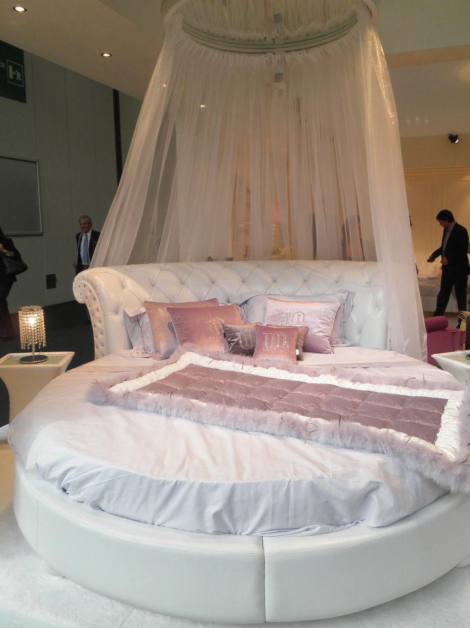 cama 6.900€ + 1.100€ colchon