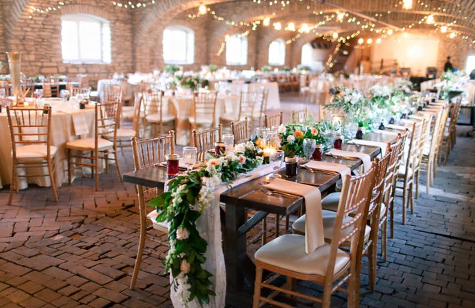 Mayowood Stone Barn Garland And Tablescapes