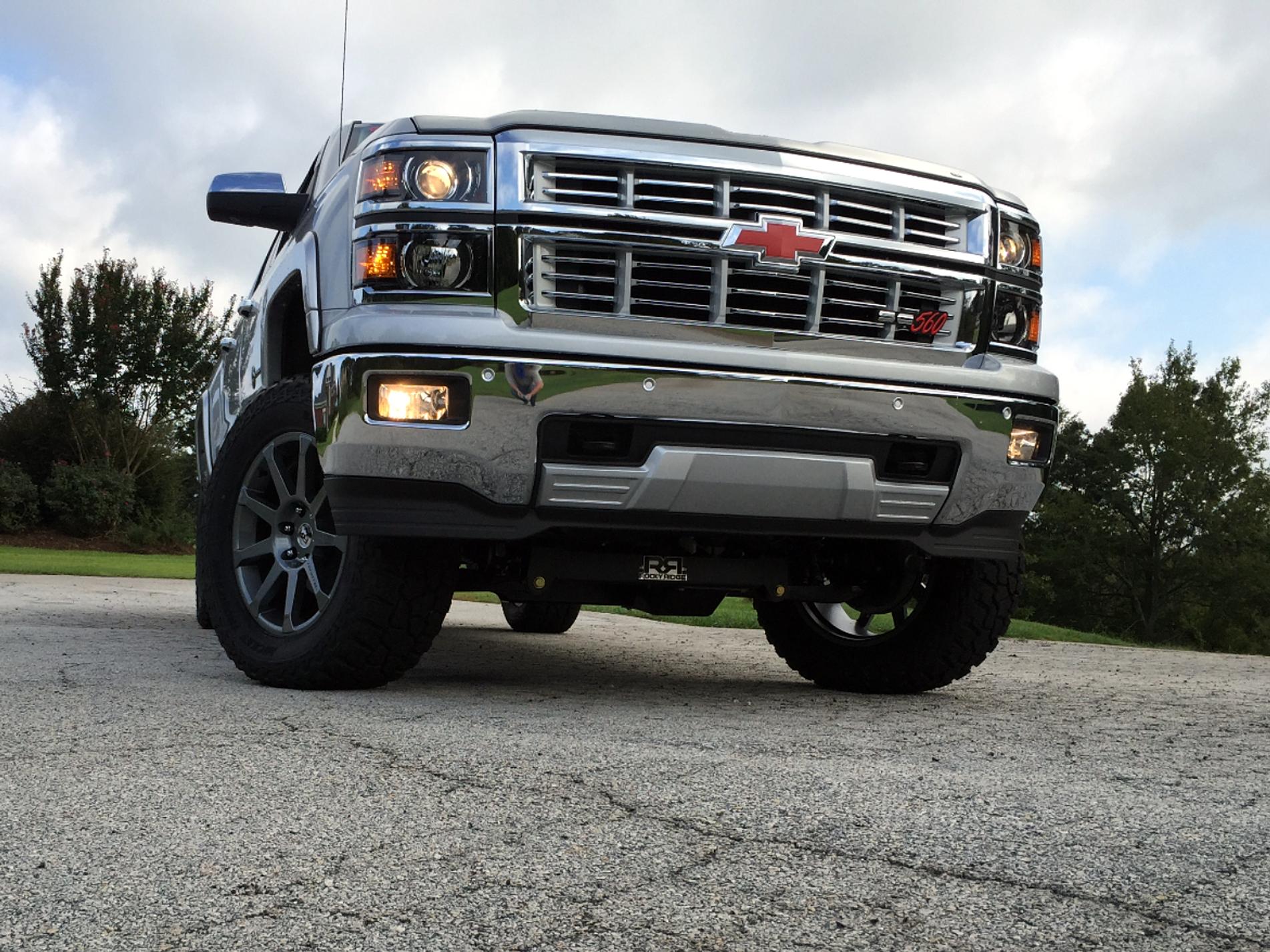 Rocky Ridge Trucks | SILVERADO SC560