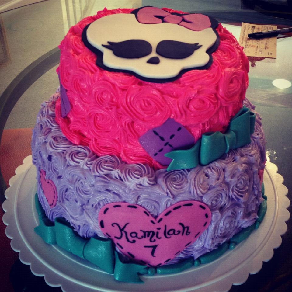 Cake Design Monster High : The Pink Rolling Pin Specialty Cakes, Cake art, Wedding in ...