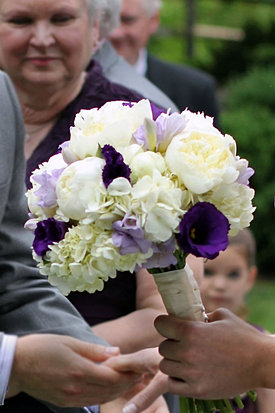 Peony and purple bouquet