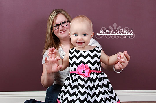 Family Photogrpahy in St.Joseph MO by Worth a 1000 Words Studios 816-279-6000