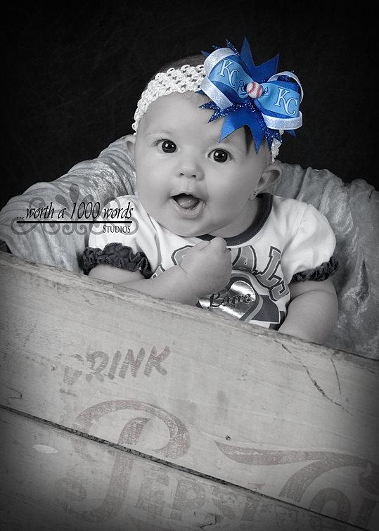 Infant Photography by Portrait studio Saint Joseph, MO 64506 www.wortha1000wordsstjoe.com