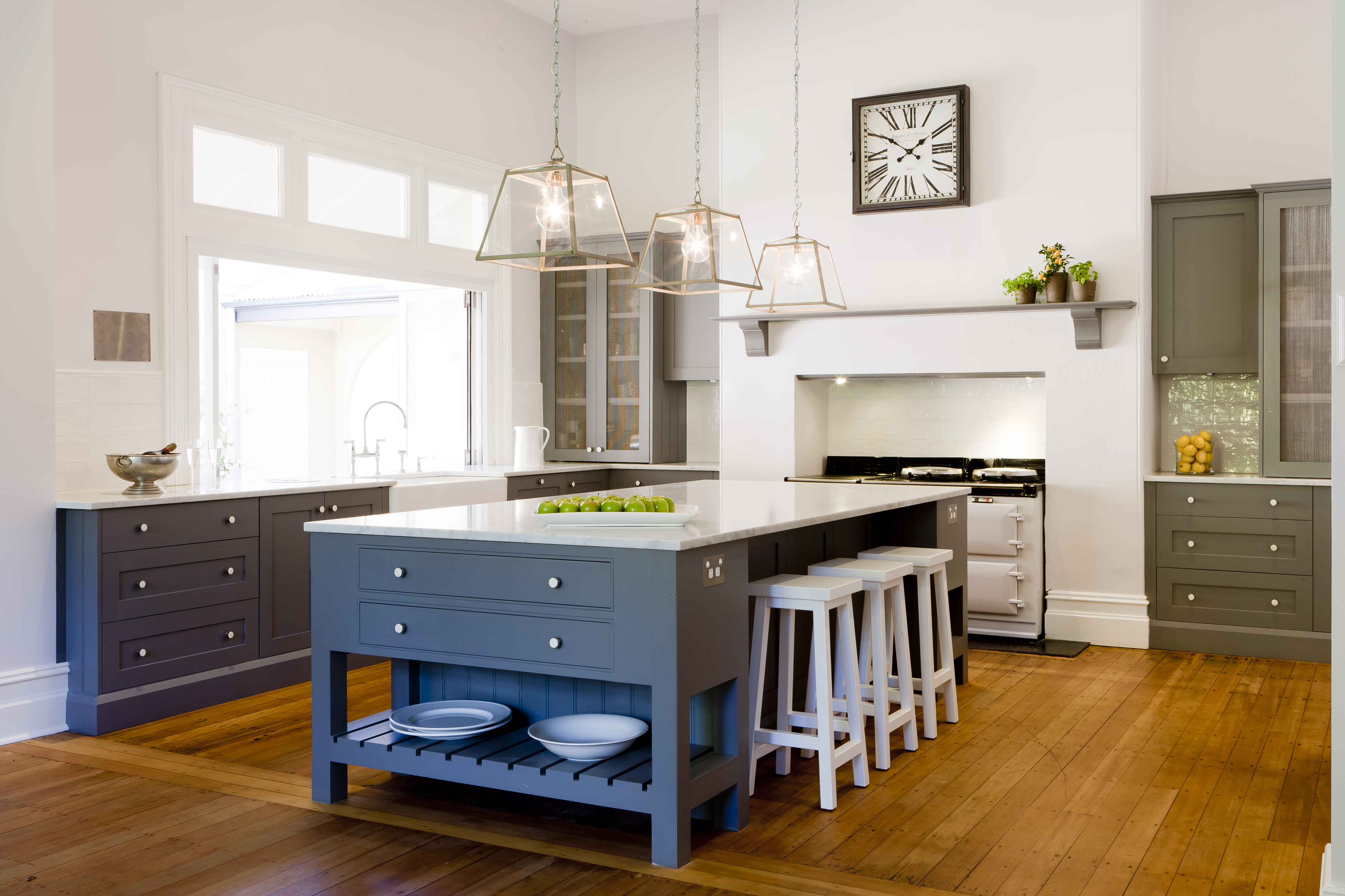 Provincial kitchens for Provincial style kitchen