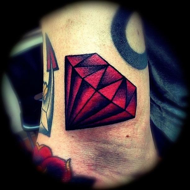 Severe Ink Traditional Diamond Tattoo