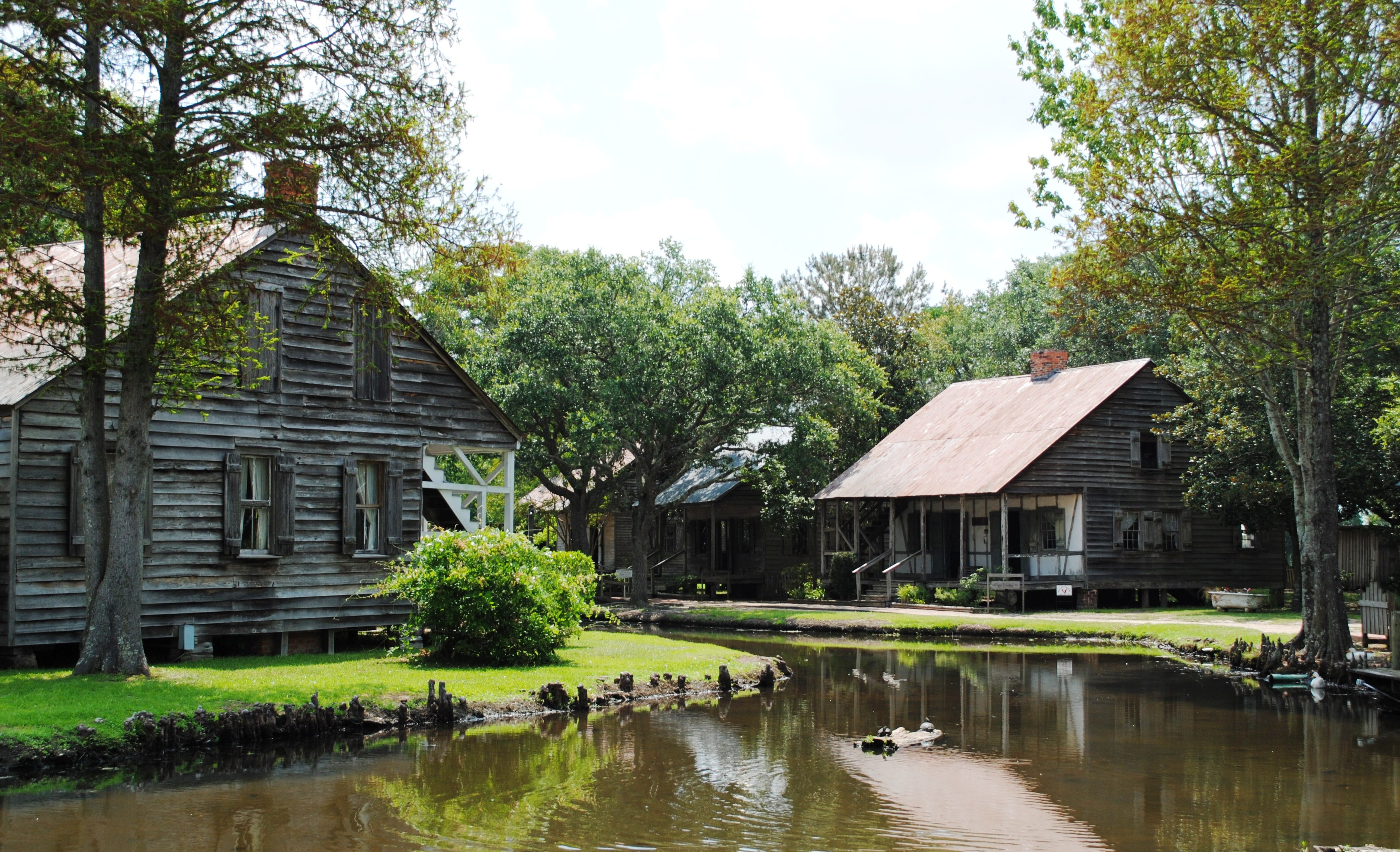 Acadian village park - Home style louisiana ...