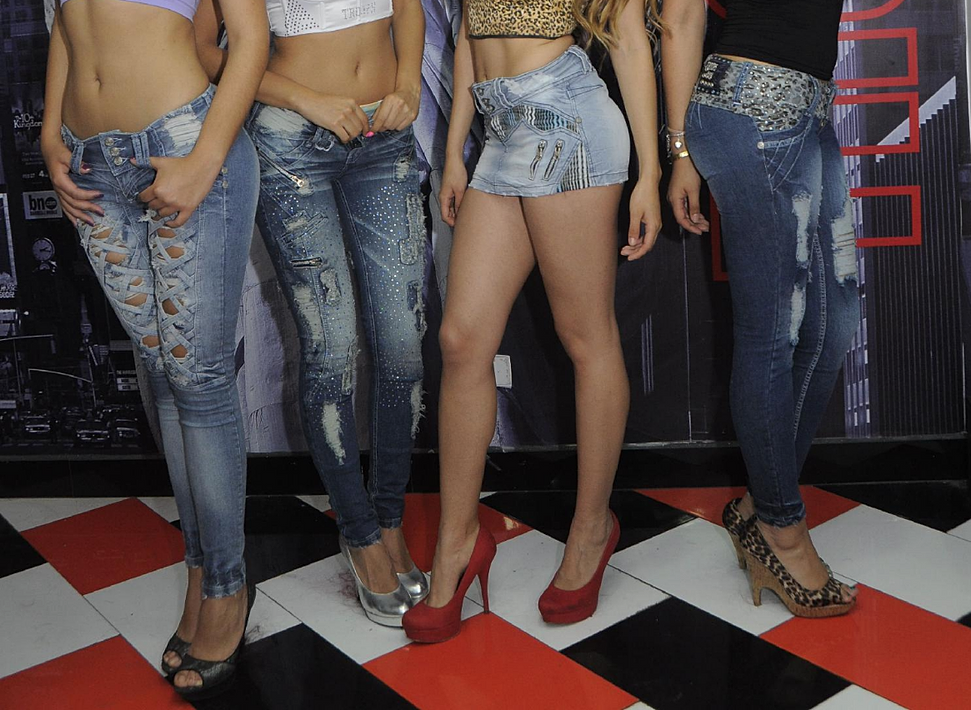 troops sexy women jeans denim style
