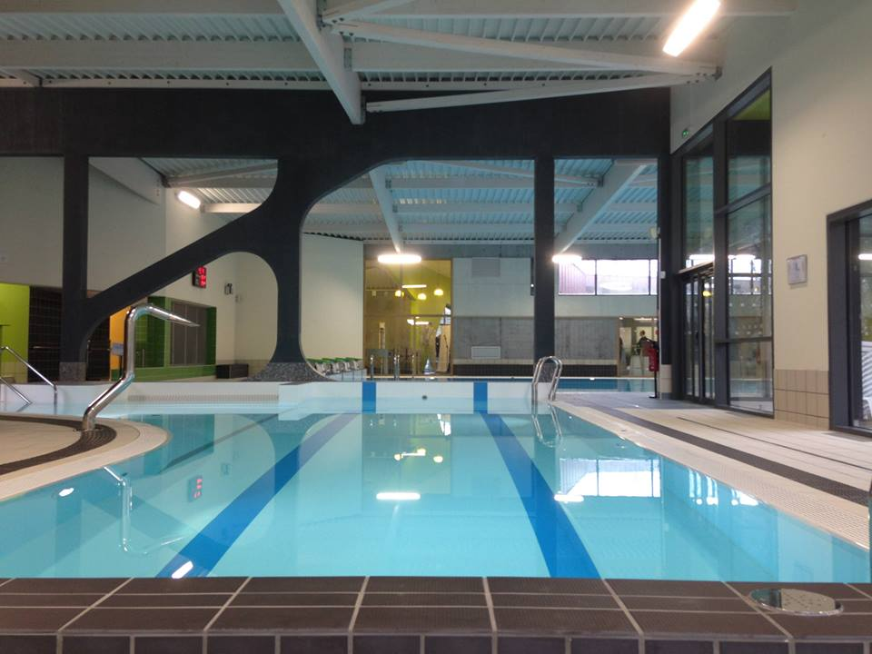 Inauguration r habilitation de la piscine tournesol d 39 auby for Piscine voves