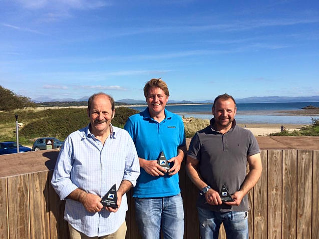 UK A Class National Champion Chris Fields (WYC), with second placed Bob Fletcher and third placed Dave Williams (WYC)