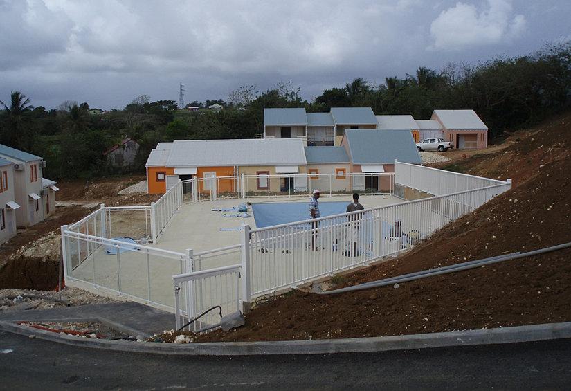 Concept d 39 o constructeur de piscines publiques for Constructeur de piscine