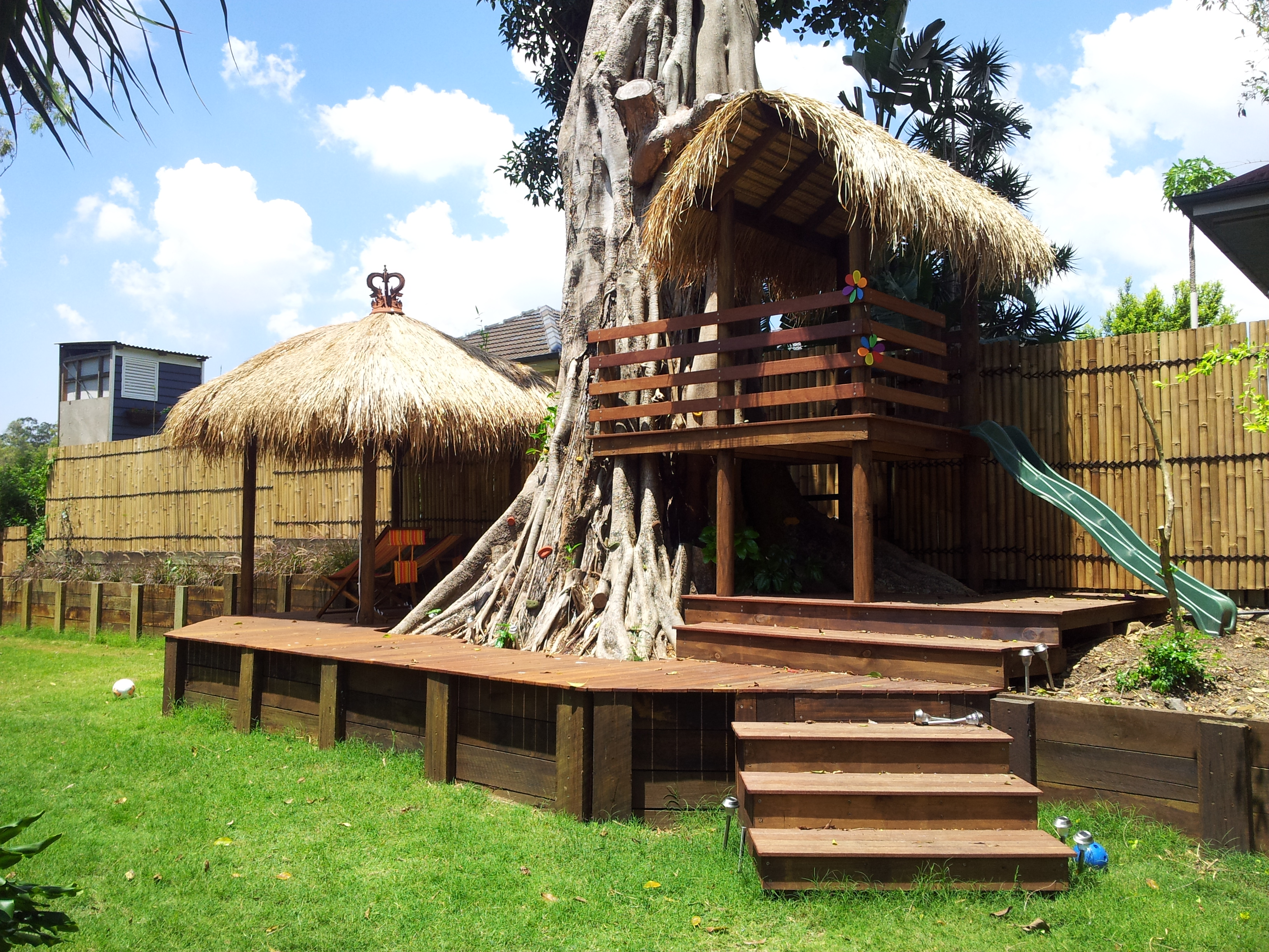 storm damage balinese gazebo bali hut maintenance. Black Bedroom Furniture Sets. Home Design Ideas