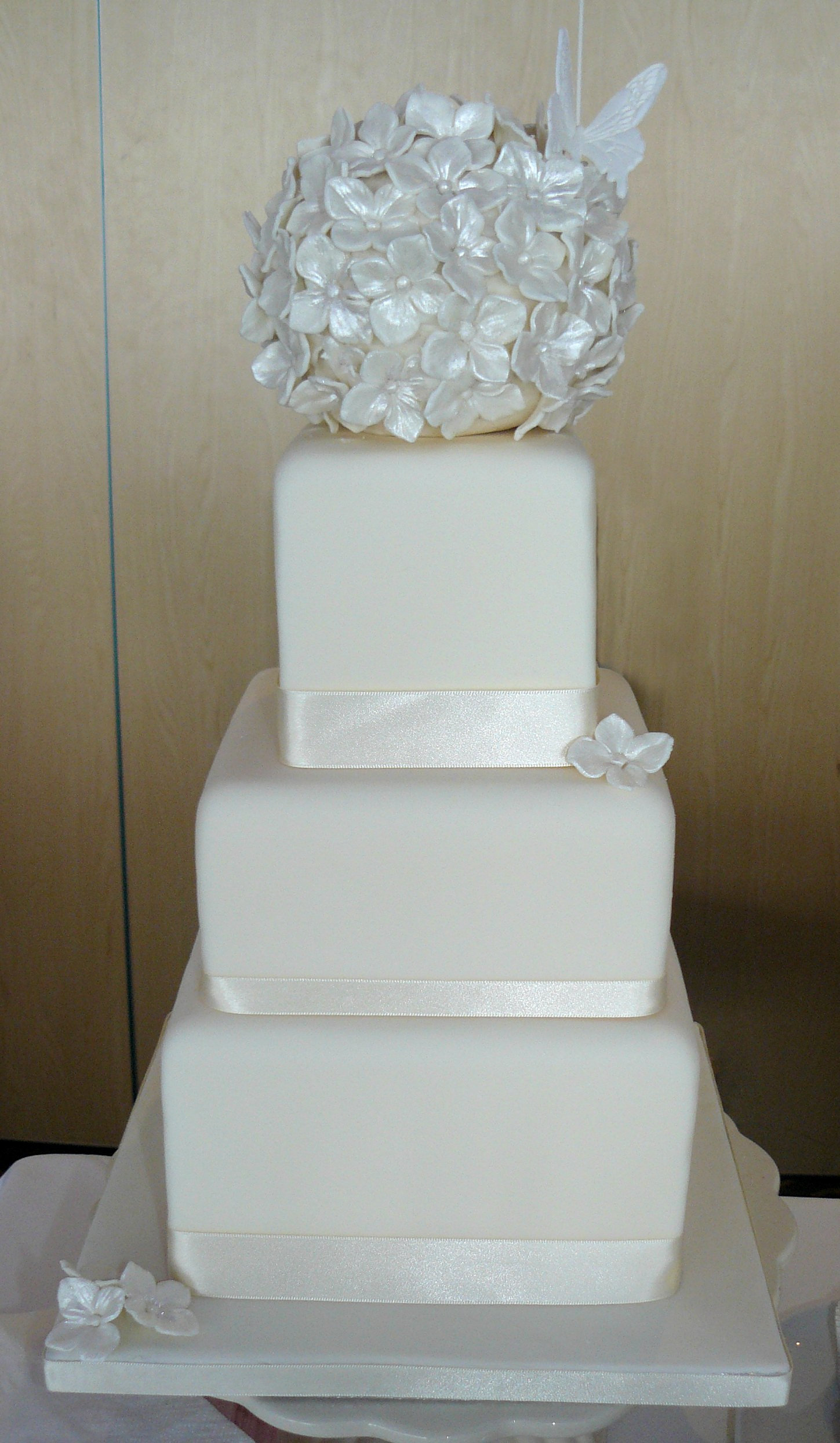 3 tier square ivory wedding cake
